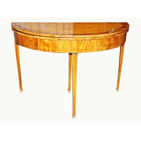 Demi-Lune-Table
